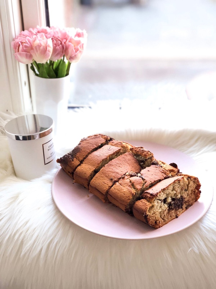 BANANA BREAD – delicious and tasty, you need to tryit!
